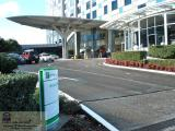 HOLIDAY INN SYDNEY AIRPORT - PHOTO 4 HOLIDAY INN SYDNEY AIRPORT HOTEL PHOTOS - HOTEL DRIVEWAY & SET DOWN AREA